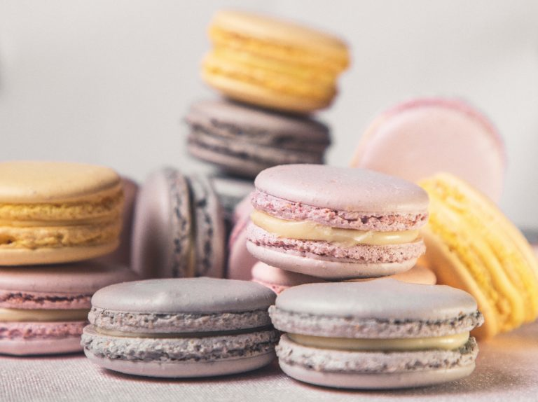 selective-focus-photography-of-macaroons-3734027